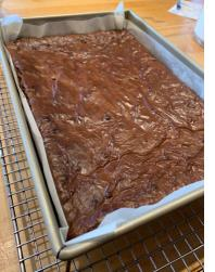 HOW TO CUT BROWNIES, BLONDIES OR OTHER BAR COOKIES