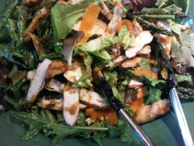 GRILLED CHICKEN SALAD WITH PEANUT AND LIME HONEY DRESSING
