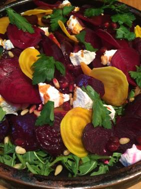 ROASTED BEET SALAD WITH ARUGULA, GOAT CHEESE AND PINE NUTS