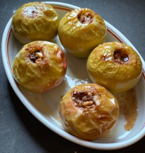 LEAH KOENIG'S BAKED APPLES WITH RAISINS AND WALNUTS